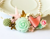 Shabby Chic Necklace, Vintage Necklace, Romantic Necklace in Pink and Mint green, Collage Bracelet, Pastel Statement Necklace