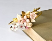 Pink Shabby Chic Bracelet, Spring Bridesmaid Gift, Vintage Bracelet, Collage Bracelet, White Bridesmaid Bracelet, Wedding Bracelet