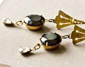 Black Rhinestones Dangle Earrings Elegant Gold Bridesmaid Glamour Vintage Swarovski