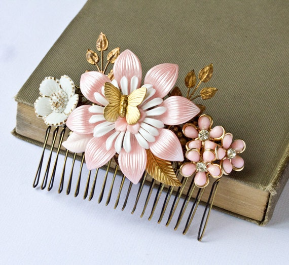Hair Comb in Pink and White - Spring Garden Vintage Collage