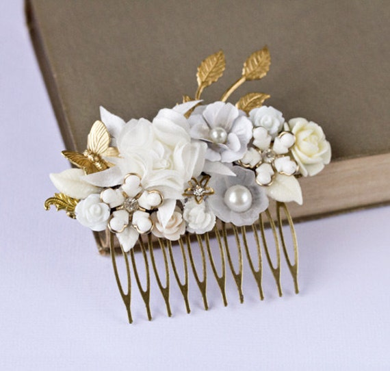 Bridal Hair Accessories - White Shabby Chic Bridal Hair Comb, Vintage Wedding Hair Comb, White Flowers, Winter Wedding, Something old
