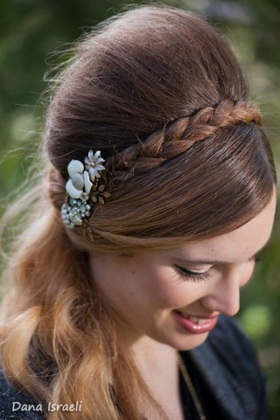 FOR EMILIE - Made To Order - Bridal Hair Comb and 4 Bridesmaids Bracelets