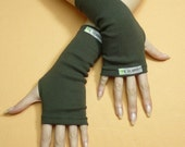 Short Jersey Armwarmers in Dark Green, Comfortable Fingerless Gloves, Stretchy Unisex Sleeves, Dance