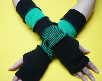 Warm Sweater Armwarmers with Thumb Hole Striped Fingerless Segmented Knit Jersey Gloves ed Look, Winter Sleeves in Black and Green Color Mix