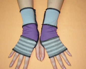 Short Segmented Armwarmers, Grey and Purple Fingerless Gloves, Striped, Mittens in Upcycled Look, Hippie, Comfortable Jersey Glove