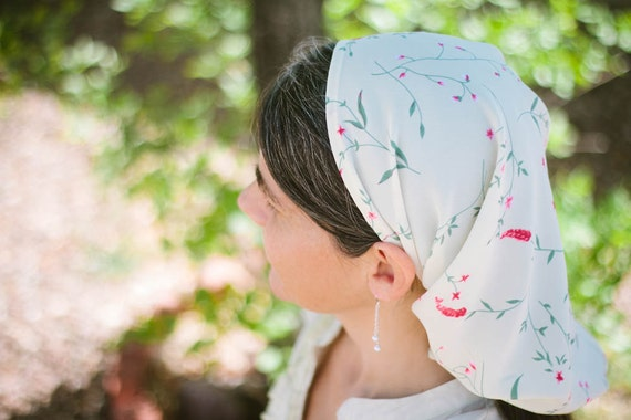 Long Prayer Veil -- Traditional Church Headcovering for Women -- Creamy Ivory  Floral -- LAST ONE AVAILABLE