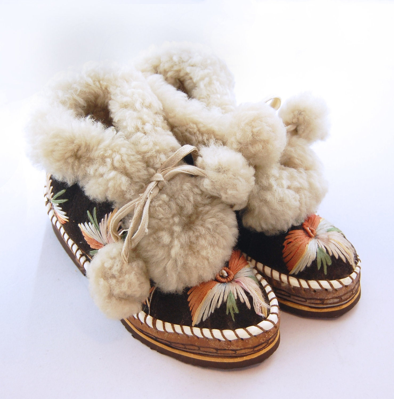 Vintage 40s 50s Mukluk Boots Alaskan Mukluks