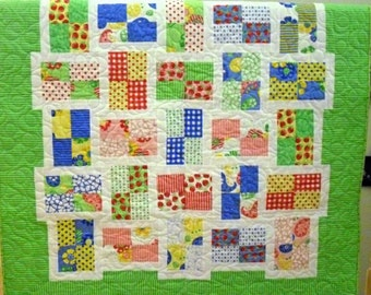 Baby Quilt Bright Graham Crackers in Lime and Hot Brights