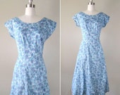 CLEARANCE Vintage 1940s Dress // 40s Blue Abstract Print Day Dress // large