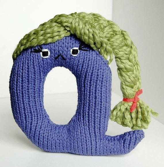 Letter Q - Alphabet Plush Toy Knitting PATTERN - Quintessa