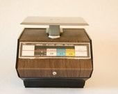 1970s Vintage Postal Scale