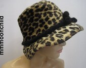 H47 Vintage hat faux fur spotted 1960s