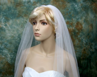 Mantilla bridal wedding veil ivory fingertip alencon lace