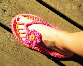 Summer Sandals Crochet Pattern-(5 sizes-child to adult) Permission to sell finished items.Immediate PDF file download.