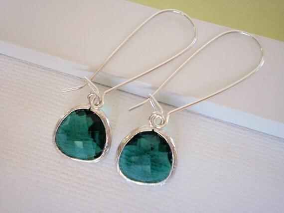 Emerald Green Glass Silver Kidney Earrings - Best Friend, Sister, Mother, Bridesmaid Jewelry