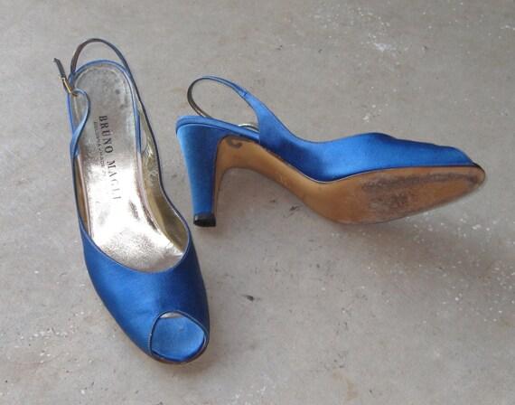 Vintage Bruno Magli Sapphire Peep Toe Sling Back Heels Size 7 1/2
