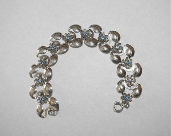 Silver Tone Flower Bracelet, Blue Rhinestones, Leafs, 7 inches, Light Weight, Vintage 1960's