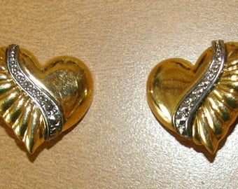 Vintage Heart Earrings. Gold tone, Clip ons  1970's