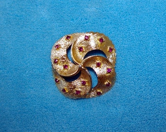 Vintage Gold Swirl Brooch, Amethyst Color Crystals, Pin Wheel, Small Size,  1970's
