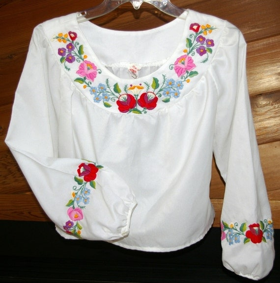 Hungarian Embroided White Blouse  By Kalocsai  Size M to L SALE TODAY ONLY