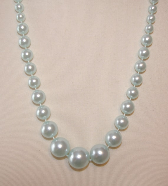 Vintage Sea Foam Pearl  Necklace Hue of Pastel Blue, with Graduated Pearls, 1960's 1970's