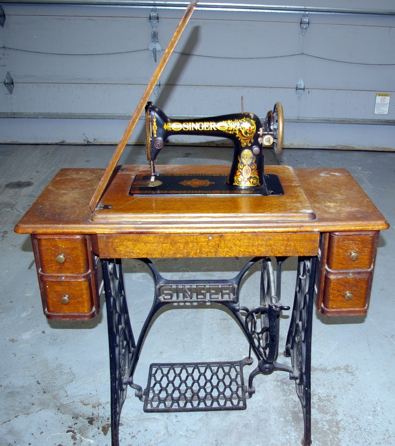 1913 singer sewing machine value