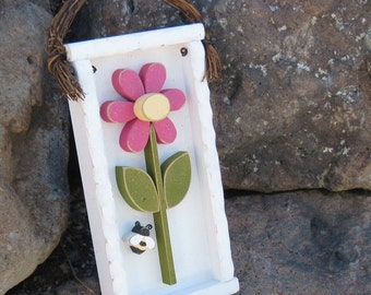 DAISY FRAME with STEM and bee (white with hot pink flower) for girl, wall hanging and home decor