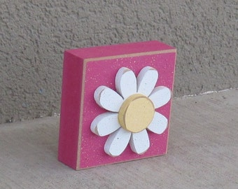 Hot Pink 3-1/2 inch SQUARE DAISY BLOCK for Easter, Spring, girl room and home decor