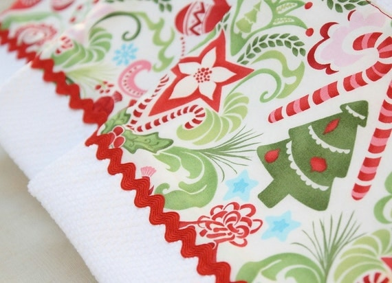 Christmas Towel Red and Green Kate Spain Flurry Poinsettia Fabric
