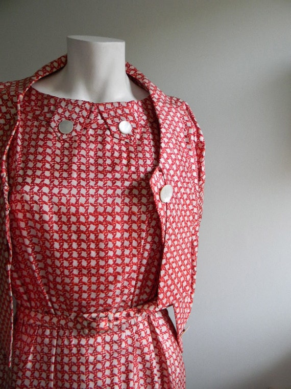 vintage. 50s  Red Basket Weave Print Silk Dress with Matching Jacket and Belt / Small Medium