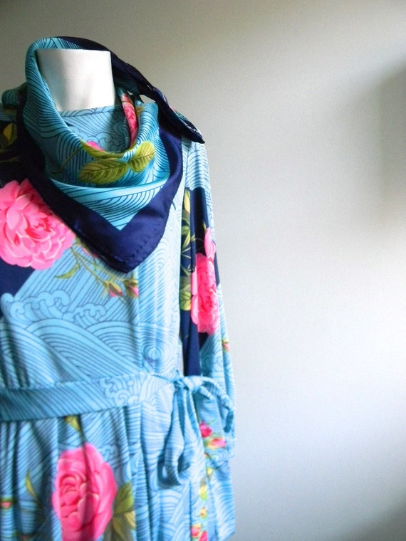 vintage.  HANAE MORI Aqua Rose Print Dress with Matching Silk Scarf attached
