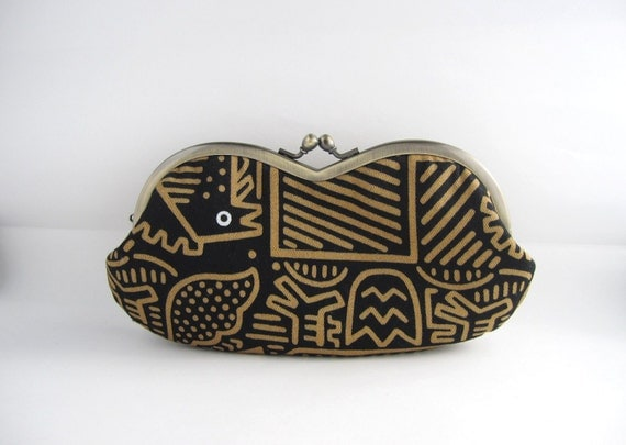 SALE Sunglass/ Eyeglass Case- gold lines on black