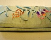 Vintage 1920's Beautiful Embroidered Silk  Mandarin Chinese Eyeglass Case