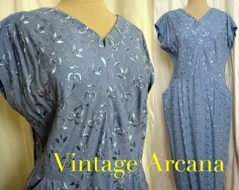 SALE WAS 95.00 Vintage 1950's Va Va Va Voom Embroidered Day Dress with Rhinestones SZ L