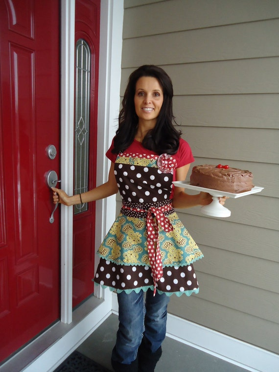 "4RetroSisters ""Annabelle""   - Retro Full Womens Apron -Chocolate Cake Anyone"