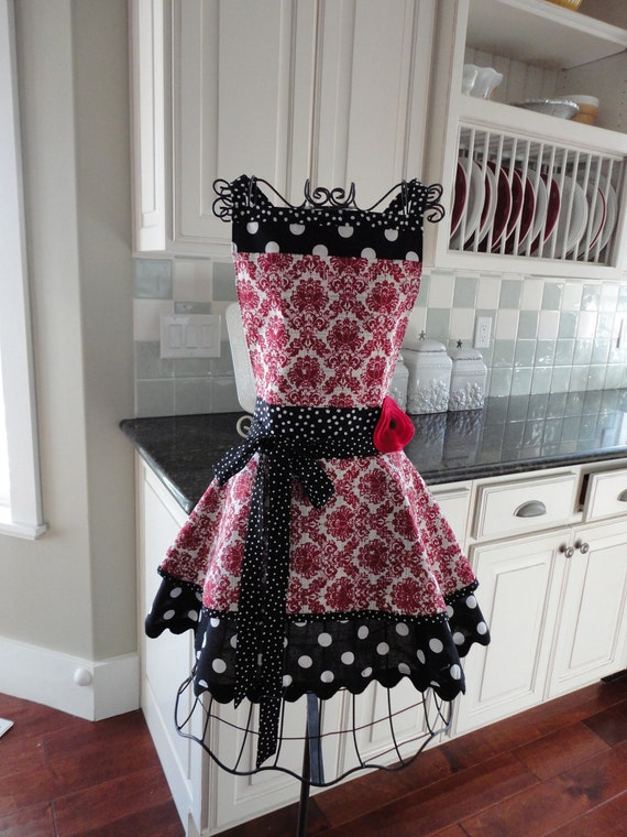 """4RetroSisters """"Annabelle Style""""  Womens Full Retro Apron - """"Holiday Cranberry Damask"""""""