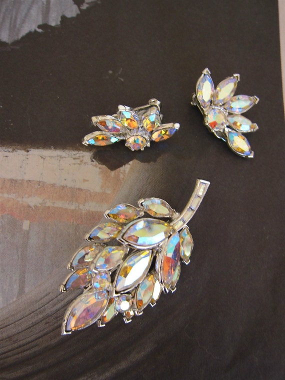 RESERVED for Chris Aurora Borealis Brooch Earrings Set dazzling vintage demi parure Leafy Perfect Navettes Rounds Light Up The Night