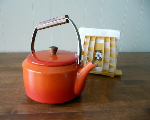 orange-you-cute -  vintage teapot kettle - retro orange