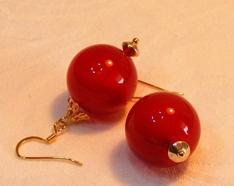 Christmas ornament earrings red glass, translucent, holiday, costume jewelry, handmade, blown glass, party spirit, tis the season