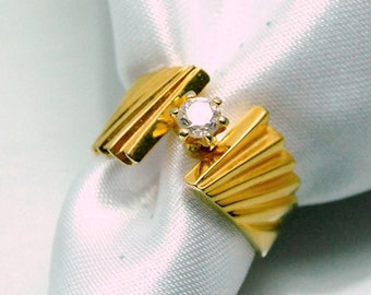 Solitaire Crystal Vintage Ring Yellow Gold Plated Sterling Retro 80's