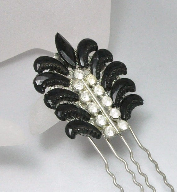 Art Deco Rhinestone Comb Vintage Black and White Hair Accessory