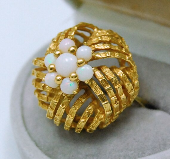 18K Opal Ring Vintage Yellow Gold Bamboo Design