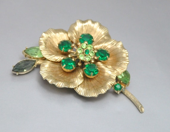 Rhinestone Trembler Vintage Flower Brooch Green and Gold Hibiscus