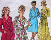 Simplicity 5989 Vintage 1973 Robe or Wrapper Pattern Mod At Home Sz SM