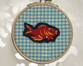 One Fish in a Bowl Gingham Applique Wall Decor