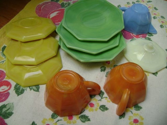 akro agate child tea set from the thirties