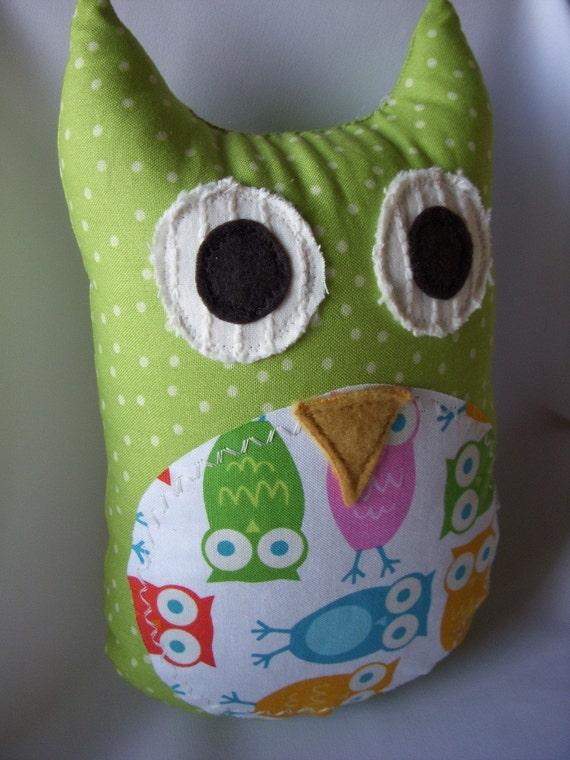 Isabella the Owl Plush Rattle