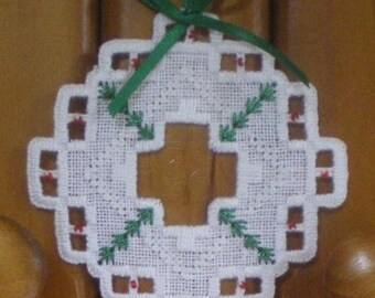"Hardanger Holiday Ornament  -   ""Wreath"""