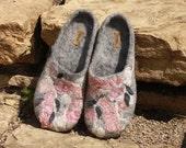 Icelandic rose --- Handmade felted slippers ---size US 8-8.5 UK 5.5-6 EU 38-39