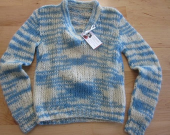 Blue and cream mohair V-Neck pullover